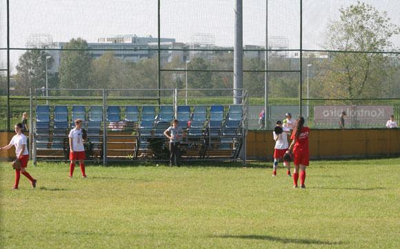 FIELDS-softball-croatia-camp-cooperation-train-practice