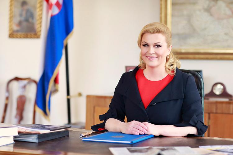http://softball-princ.hr/wp-content/uploads/Predsjednica-Republike-Hrvatske-KITAROVIC.jpg
