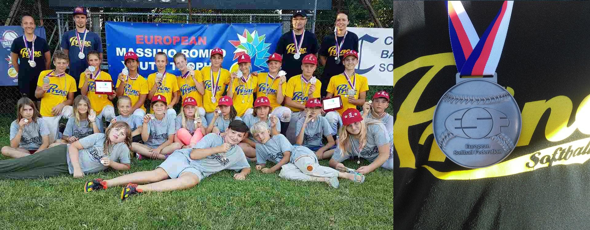 SREBRO-EMRYTslider-pozadina-softball-klub-princ-prvaci